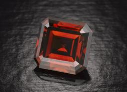 diamond_kazanjian red